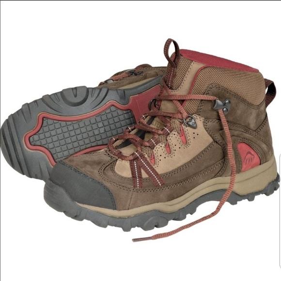 bfae27242aa Wolverine Hiking Boots
